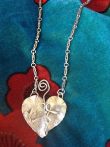 entangled-heart-necklacewhole