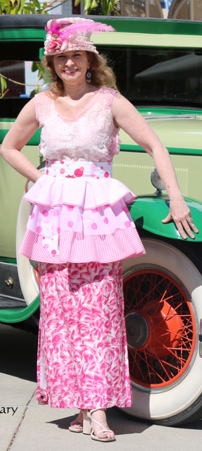 Trish Pink Apron Tea Green Auto for website
